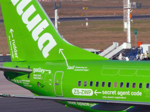 Kulula_ZS-ZWP_04_Flying-101